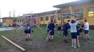Costruzioni con pali e corde
