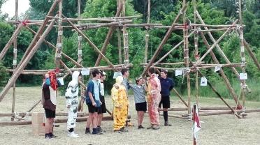 Costruzione e giochi del sottocampo pioneristica